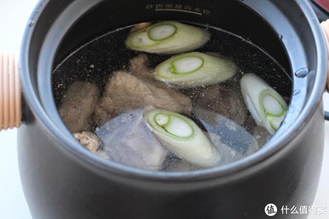入冬后这汤可以经常煲,营养丰富好吸收,炖一锅全家喝,老少皆宜