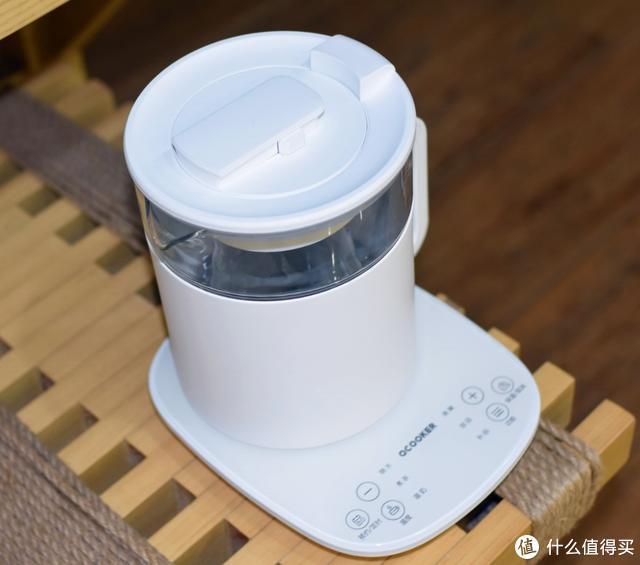 冬天就要多喝热水,圈厨多功能养生壶开启了90后的老年生活