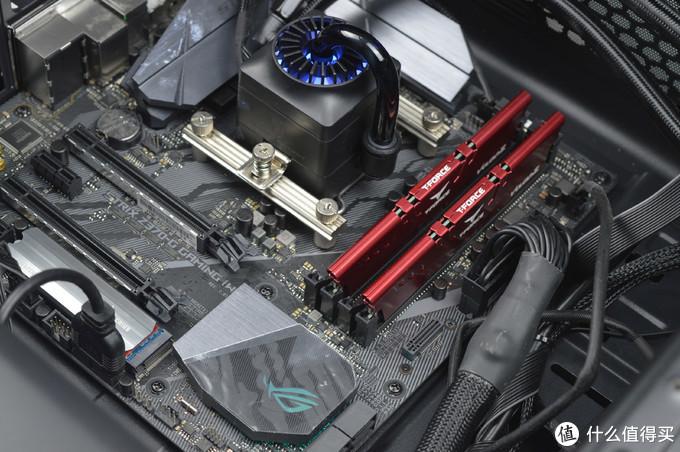 支持XMP2.0,超频强劲,价位美丽:十铨VULCAN Z(火神) DDR4 3000套条开箱体验