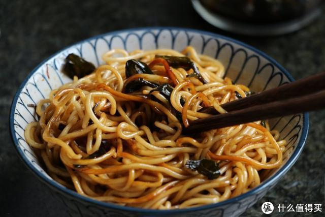 从小到大最爱这碗面,简单的做法,不简单的味道,一辈子吃不腻