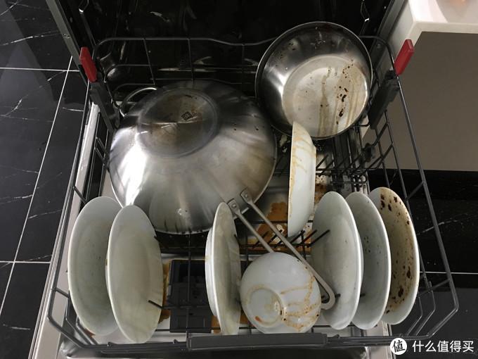 洗碗机对特殊污渍的清洁体验,这样都能洗干净,说明选对一款洗碗机有多重要