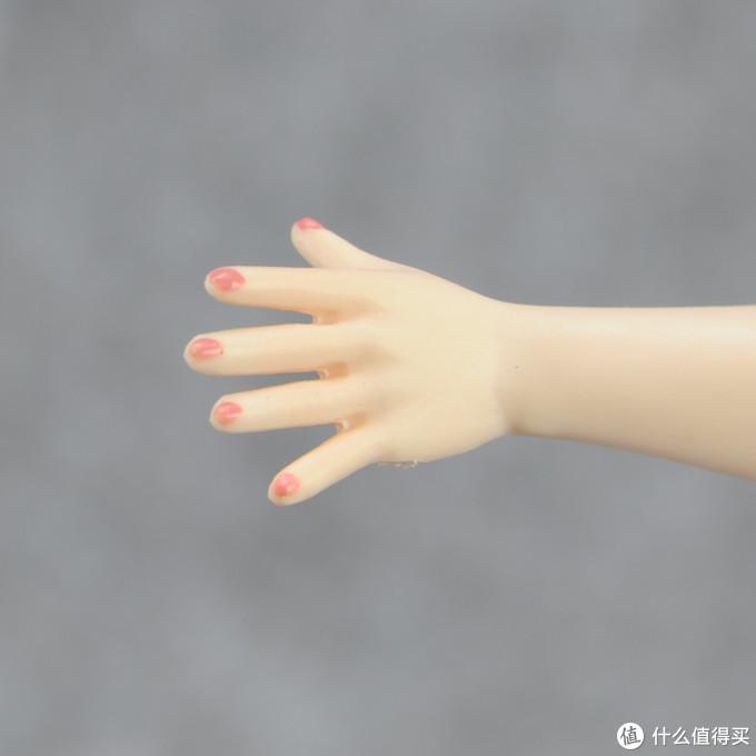 手指甲有涂装