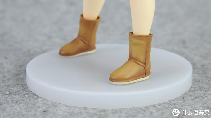 雪地靴的表现是所有部分最好的,细节和涂装都在线