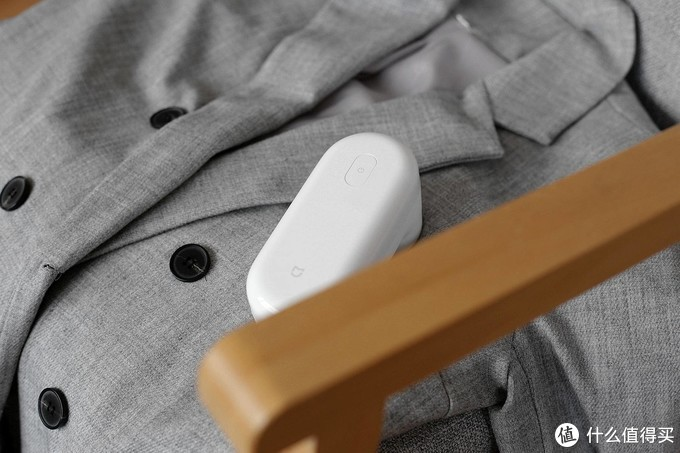 米家毛球修剪器评测:颜值高还实用,告别衣物毛球烦恼