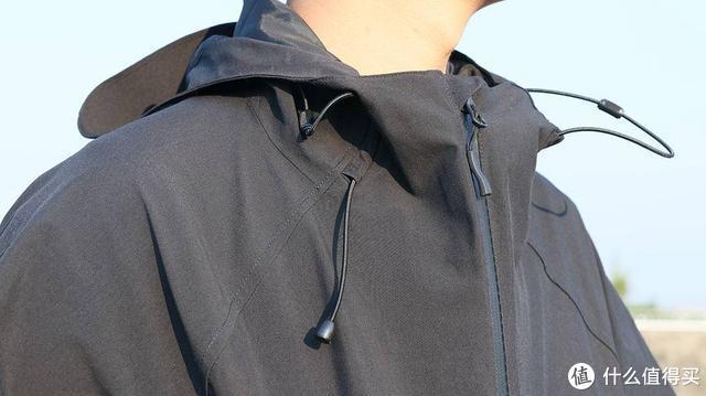 既能御寒风,也是靓潮品!早风冲锋衣体验评测
