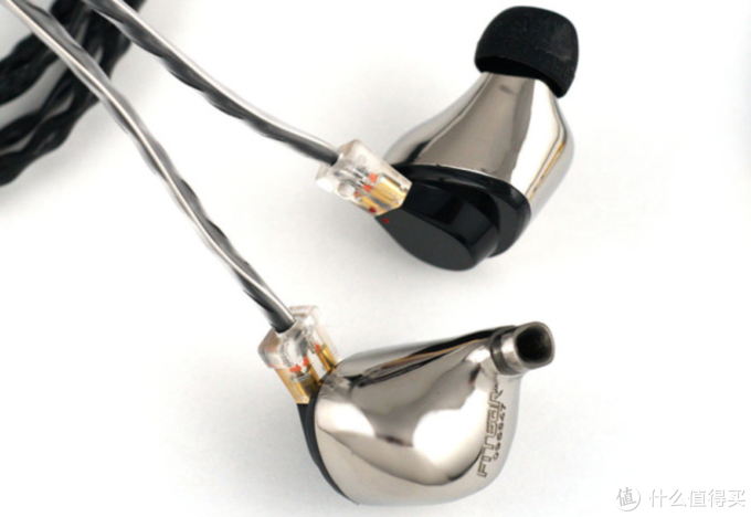 售价近20000的FitEar圈铁混合耳塞Titan