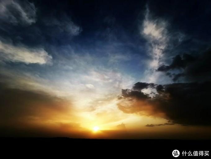 魔鬼城的夕阳