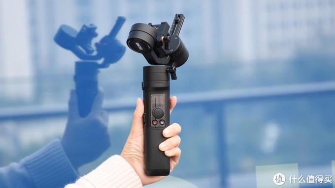 进阶Vlogger的随身装备 智云云鹤M2手持云台