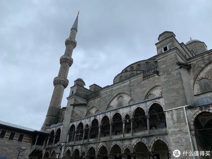 蓝色清真寺外观