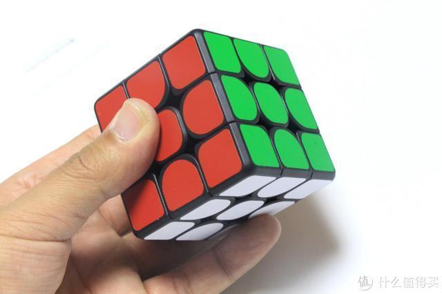 小米上架智能魔方:零基础半天速成,30步内快速还原!
