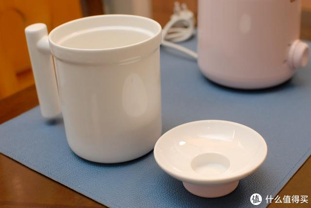 小伙用电炖养生杯做了个重口味养生汤,网友:这个汤谁受得了啊?圈厨电炖养生杯