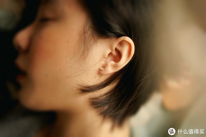 静心陪伴,温暖有你,OPPO Enco Q1 无线降噪耳机