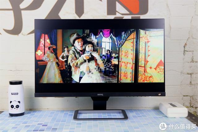 注重家庭影音娱乐的显示器该如何选