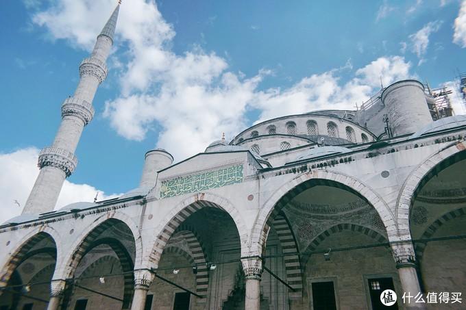 蓝色清真寺门口