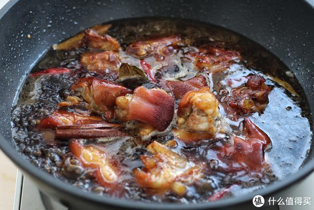 谁家餐桌也少不了这道菜,色泽红润、软烂入味,越吃越香!