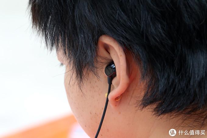 双重物理降噪搭配数字降噪技术,让听歌更加安逸,OPPO Enco Q1 体验