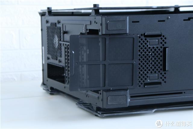 装机分享,核心硬件来自闲鱼!这款艾湃电竞战神助我打造电竞风主机