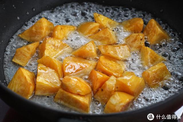 红薯花样做法,外酥内软无比香甜,小孩见了拍手笑,吃完说还要!