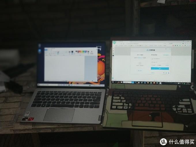 和14寸ThinkPad的对比。