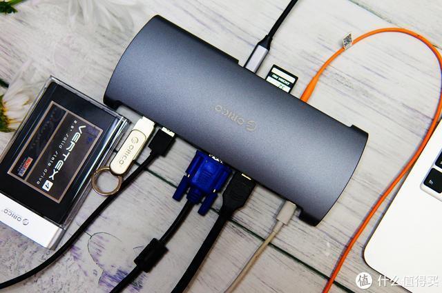 接口超多,有声有色:ORICO 13合一Type-C扩展坞评测