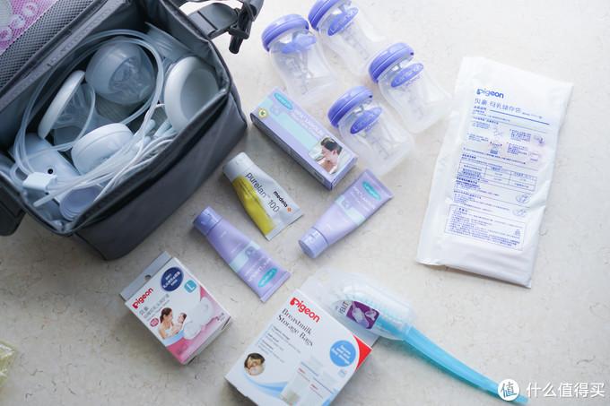 母乳喂养工具全家福,左上角就是吸奶器