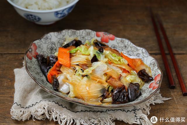 秋季气候干燥,常给家人吃这菜,润肺排毒营养十足,经济又实惠