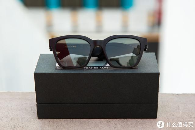 Bose 智能音频眼镜,重新定义街头时尚