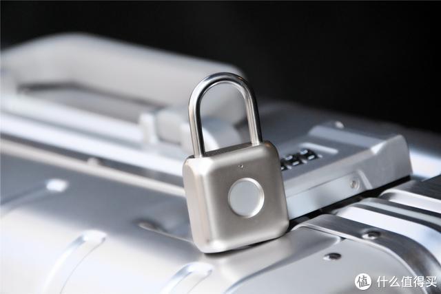 小米这款挂锁让人们扔掉钥匙,告别钥匙密码指纹一触即开