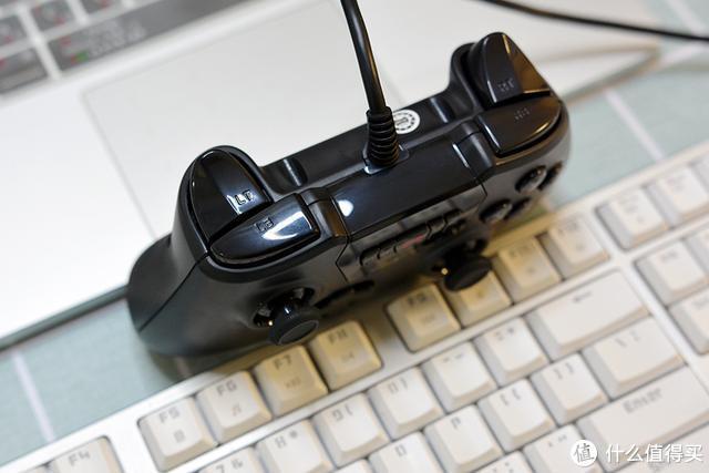PC、电视通用 北通斯巴达2游戏手柄新体验