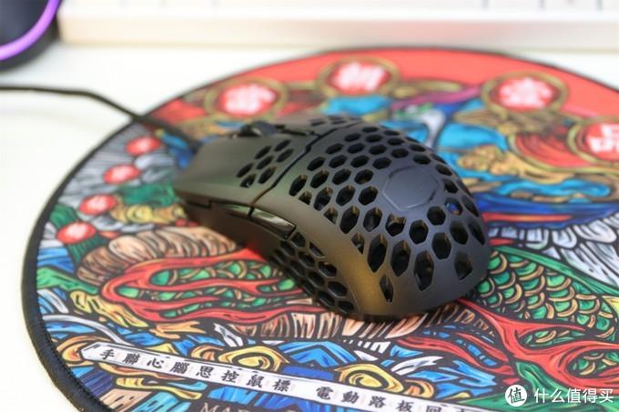 轻量化游戏鼠标值得买与不值得买,分享与推荐