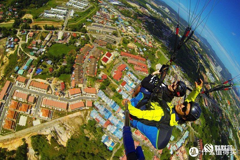 媲美巴厘岛空中秋千、亚洲最大落差的滑翔伞在沙巴可可山就有!