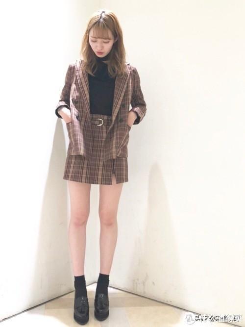 一件西装外套整个秋天穿搭不重样
