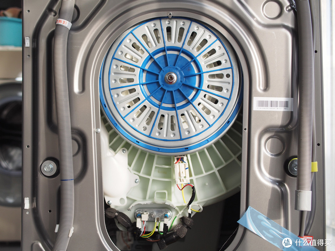 无惧阴雨天-美的全自动滚筒10公斤洗烘干一体机智能洗衣机