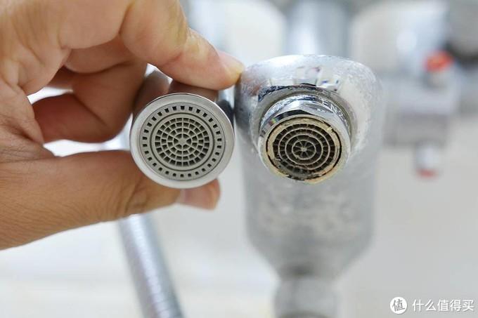 家中水龙头都是水垢,是时候该换一个大白起泡器了