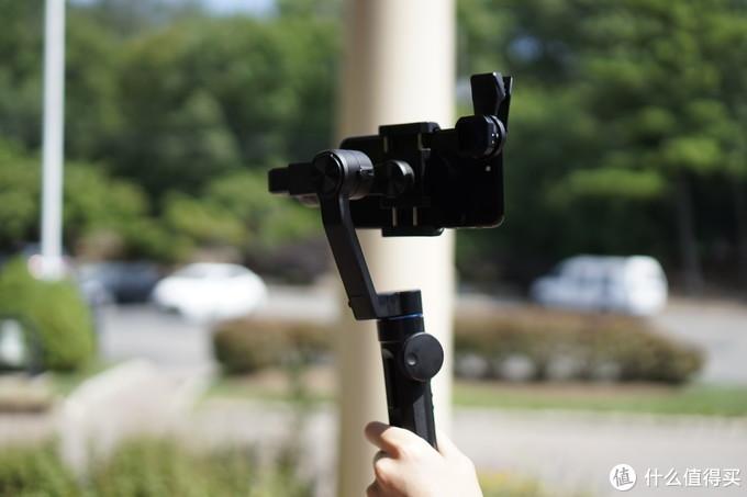 当稳定器遇上电影镜头,vlog拍摄如虎添翼