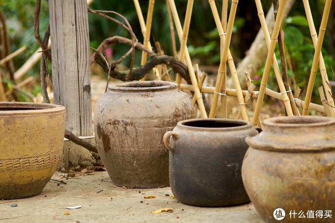 晓韵田园 . 从姨妈家运回来的废旧坛坛罐罐