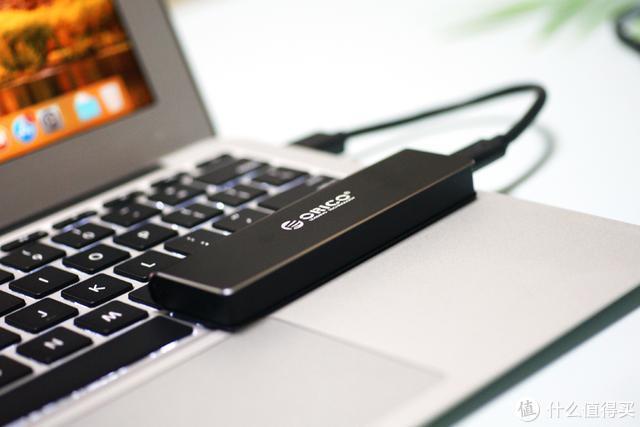 ORICO M.2移动硬盘盒:轻松快传,更加便携