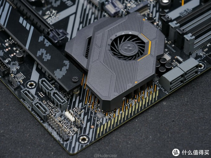 华硕新一代良心主板:ASUS X570 TUF Gaming主板随性开箱