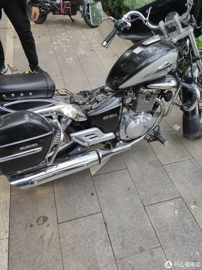 自己动手更换摩托车电瓶(PDD和淘宝电瓶对比)