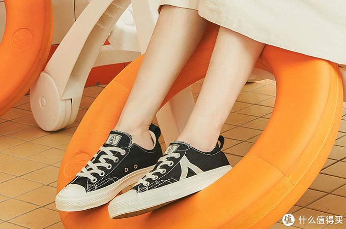 双11鞋柜必备!除了匡威,这12个舒适百搭的帆布鞋品牌也值得买