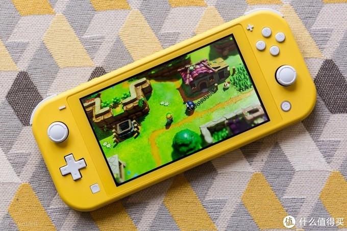 重返游戏:审核页面显示国行任天堂Switch Lite游戏机已过审
