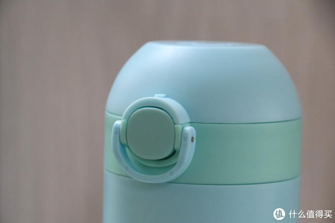 住着精灵的Gululu Q智能语音水杯 让孩子爱上喝水