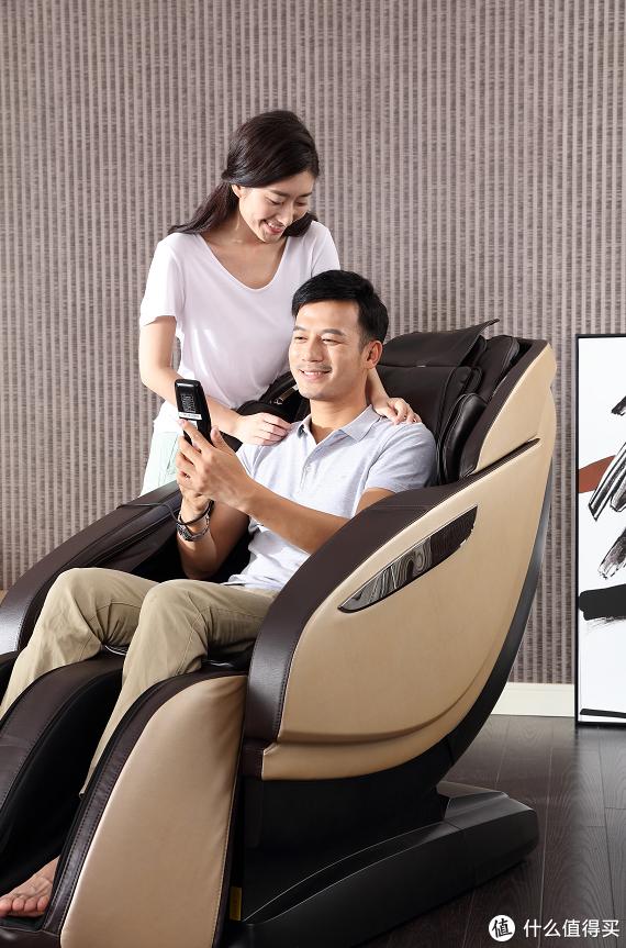 比拟真人按摩的体验?实测荣泰RT6601s按摩椅:语音控制更加智能