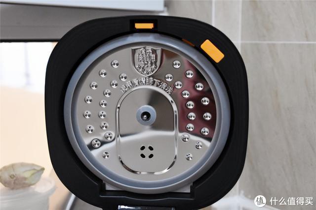 小米新品:平台首款陶瓷内胆,双传感器温控,圈厨陶瓷电饭煲