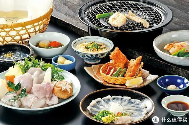 在吃河豚这件事上,日本人谁都不服