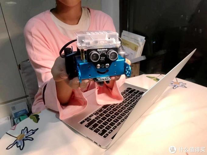 """亲手组装出会动的""""瓦力"""",童心造物的这款mbot机器人让女儿玩的停不下来"""