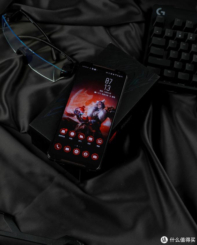 ROG游戏手机2详细评测:游戏之外,还有什么?