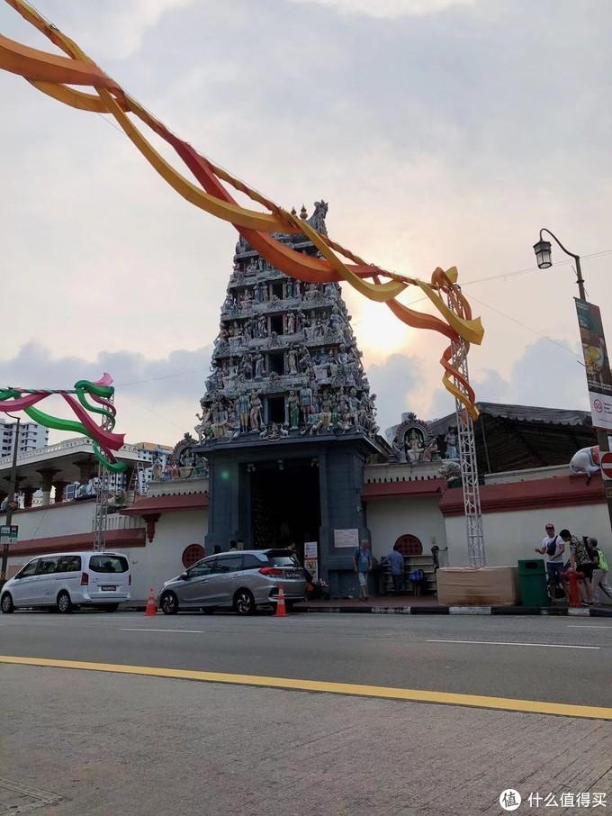 印度教的庙,其实我来牛车水就是想看这个的