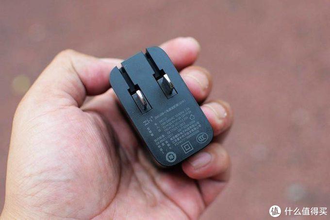 好看又能打:ZMI USB-C快充(65W)轻体验