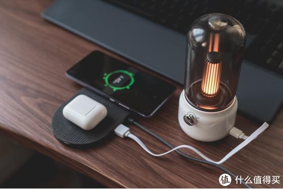双无线充+USB快充,一次充三台比苹果AirPower还稳,果粉必买配件